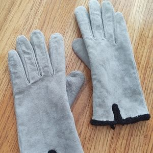 Light Grey Suede Gloves.